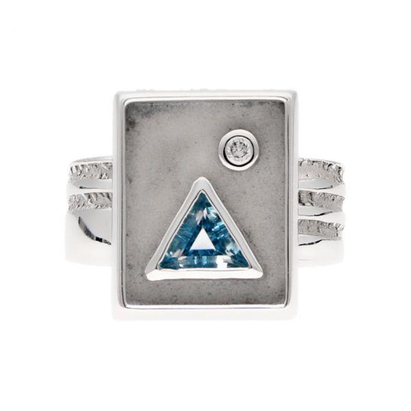 Weißgold Ring mit Diamanten und Topas