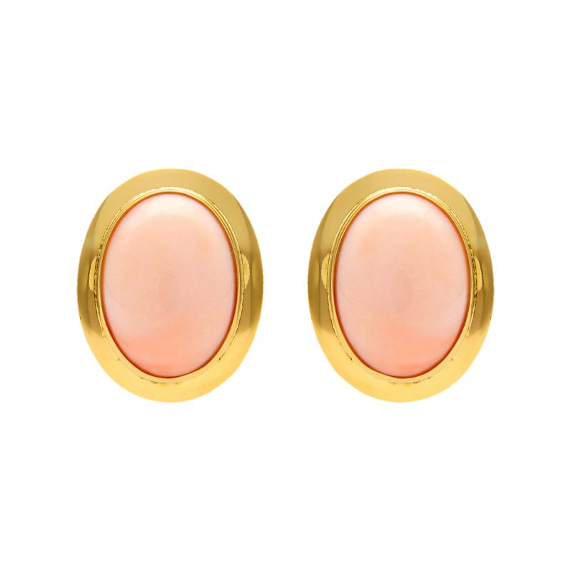 Yellow gold earrings with pink coral