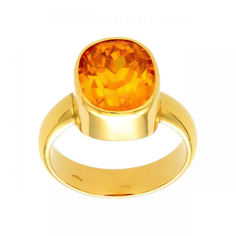 Ring aus Gelbgold mit Bernstein