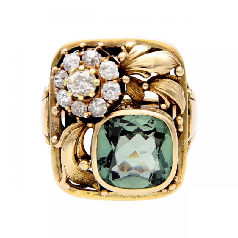 Vintage ring with diamonds and topaz