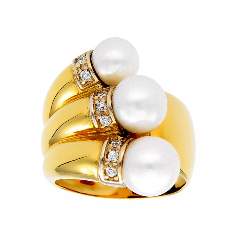 Ring yellow gold with pearls and diamonds