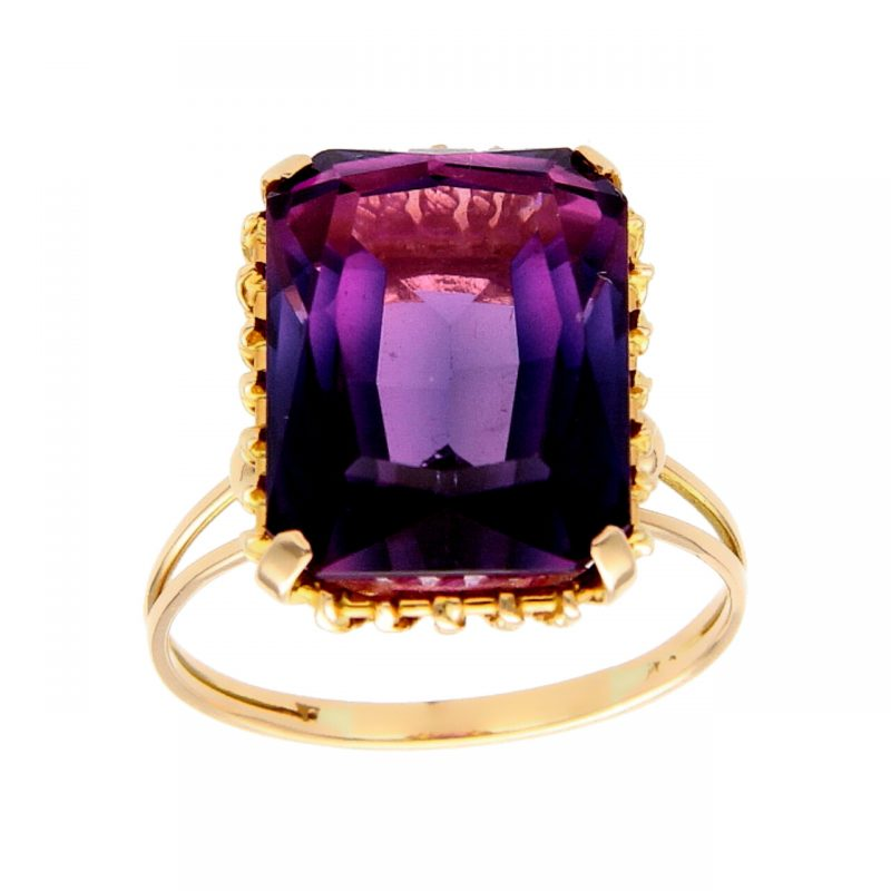 Ring yellow gold with amethyst