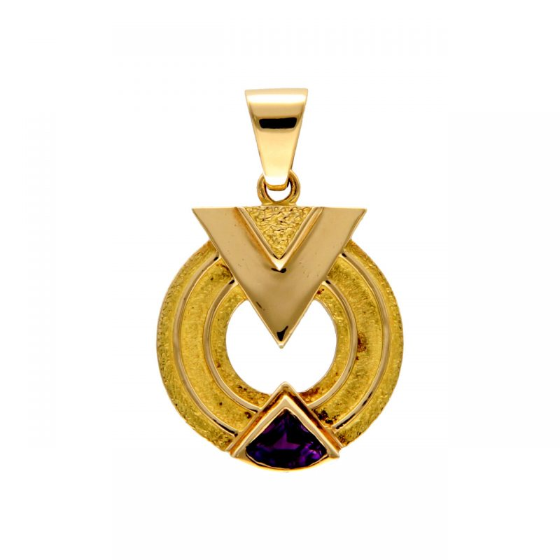 Pendant yellow gold with amethyst