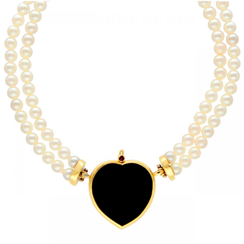 Pearl necklace with hearts yellow gold