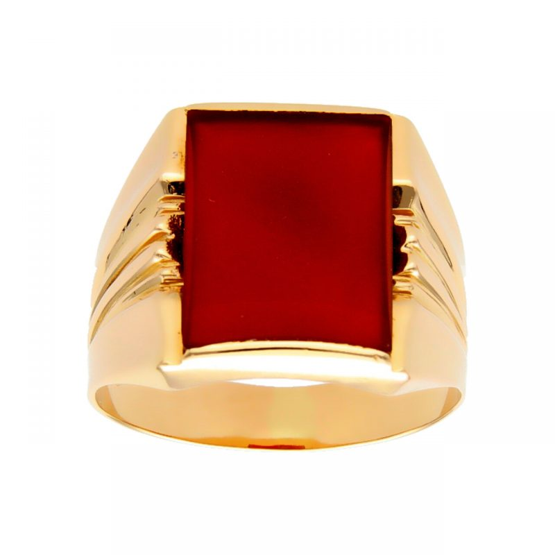 Yellow gold ring with hard stone