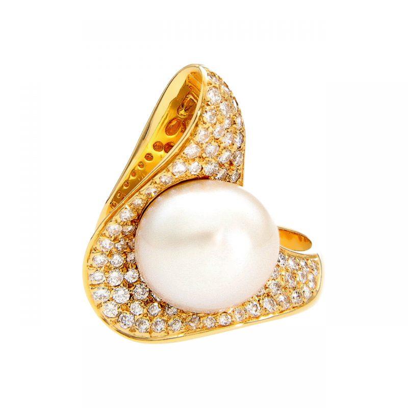 Gelbgoldring mit Diamanten 1,25 ct und Perlen