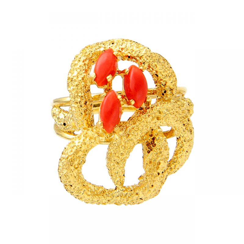 Anello in oro giallo con Coralli rossi