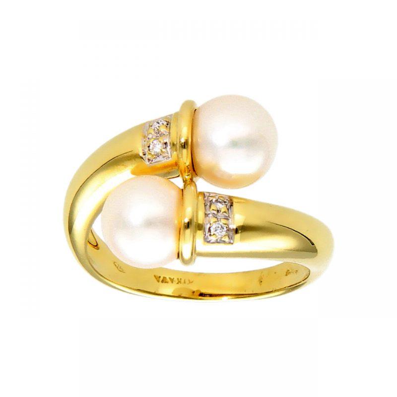 Anello oro giallo con Perle e Diamanti