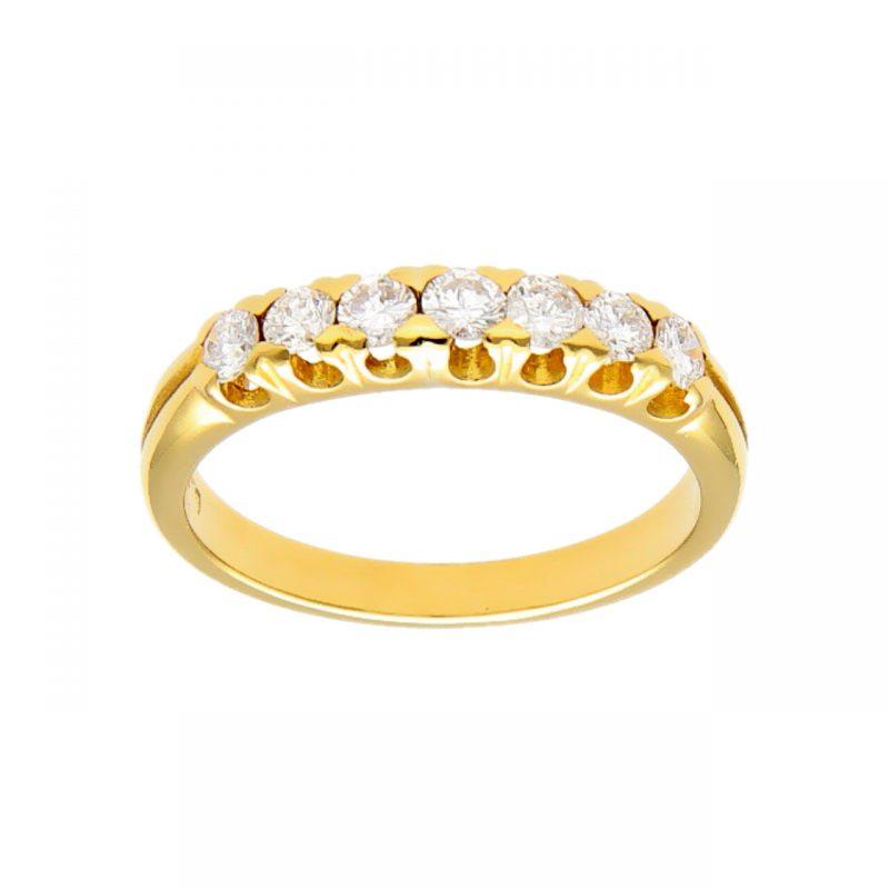 Ring aus Gelbgold mit Diamanten 0.50 ct.
