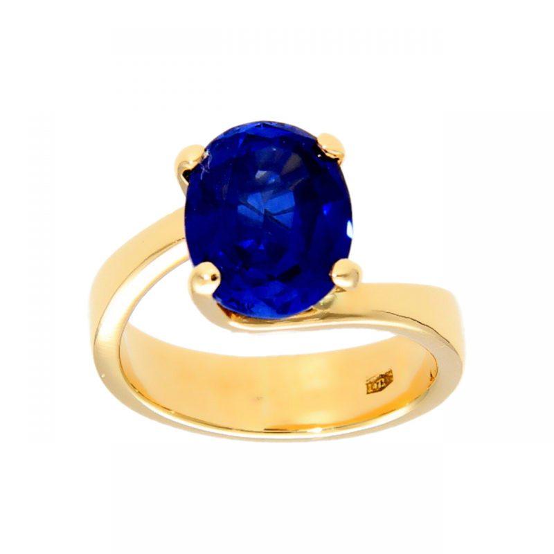 Ring aus Gelbgold mit 4,00 ct Saphir